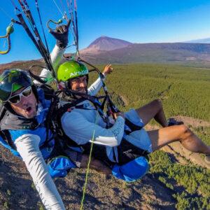 Paralotnia z wulkanu