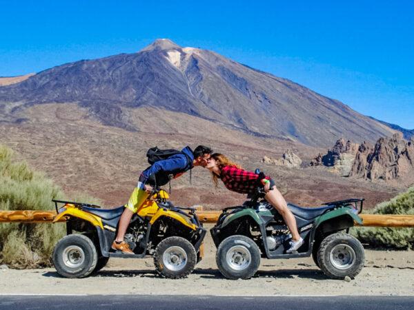 Quady na Teneryfie - para przed wulkanem El Teide